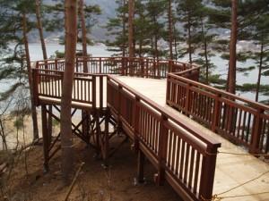 富士河口湖デッキ工事